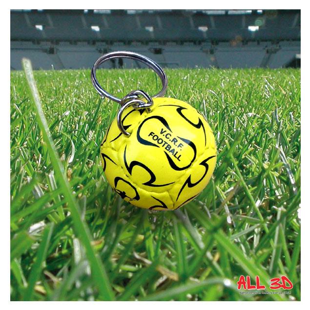 Réalisation d'un Porte-clés ballon de football en imitation cuir