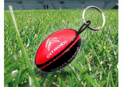 Porte-clés-ballon-imitation-cuir-Rugby-Citroen