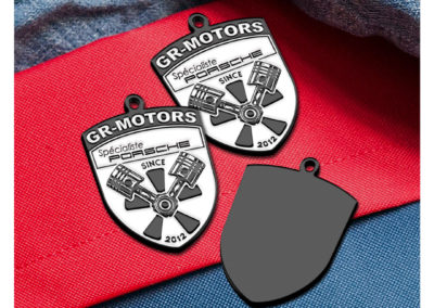 Porte-clés-en-métal-émaillé-2D-GR-MOTORS